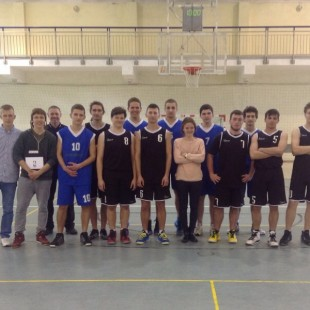 Klasa 3ab Mistrzem Szkoły w koszykówce