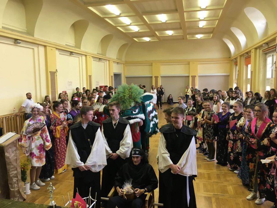 Dzień Pierwszoklasisty, czyli na szkolnym Panteonie