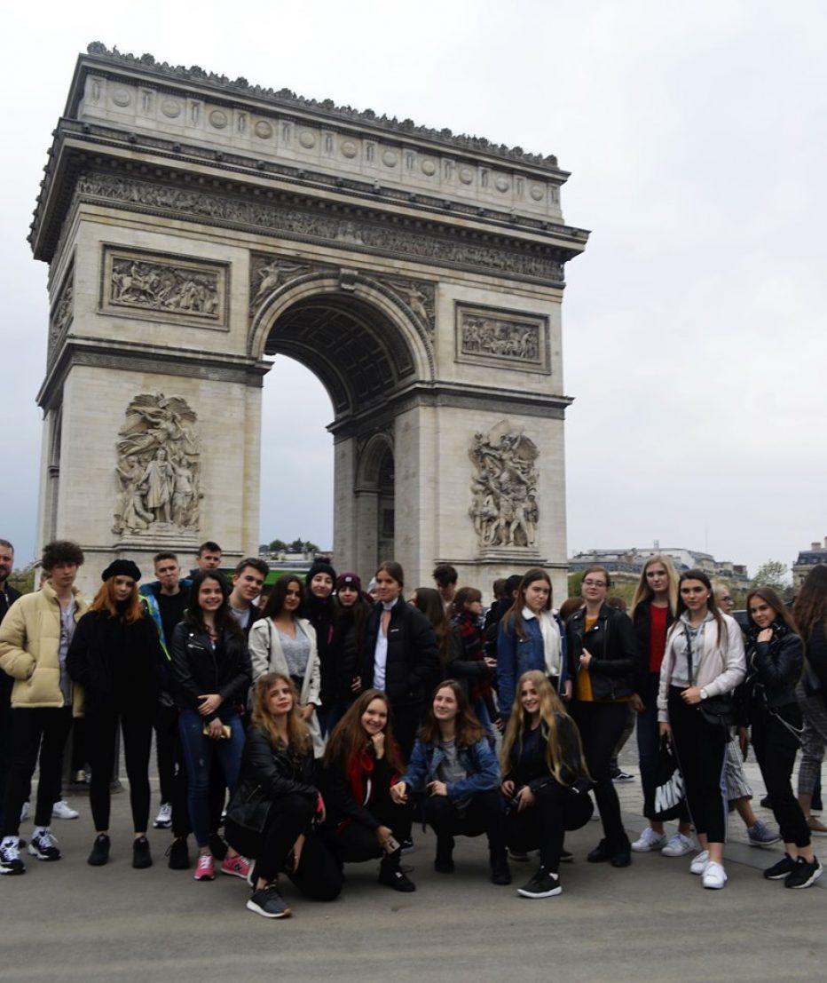 Licealiści w Londynie i Paryżu